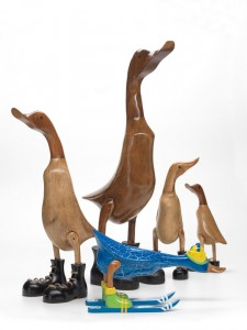 piarotto oca legno wooden goose FAMILY with ski