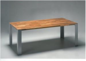 tavolo lamellare gambe quadre
